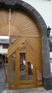 Hoftor Alt, Restaurierung, Schreinerei Haase & Co. Mainz