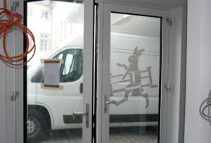 Montage, ein Montagefahrzeug, Schreinerei Haase & Co. Mainz